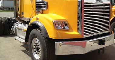 Freightliner custom chrome bumpers